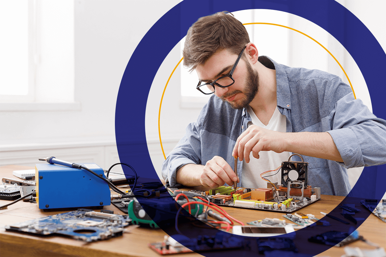 Featured-How to Become a Robotics Technician-